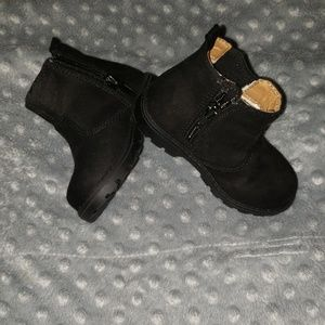 NWOT H&M Black Suede Boots